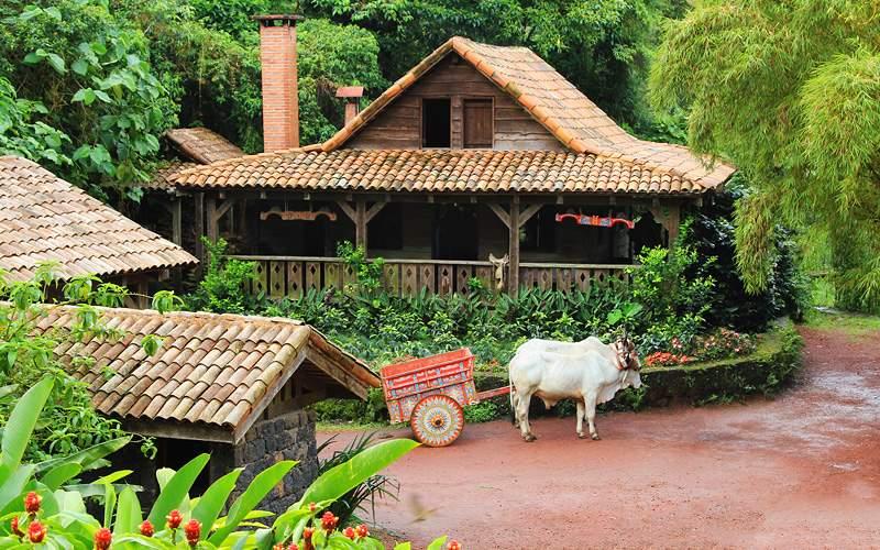 Traditional Costa Rican home Azamara Cruises