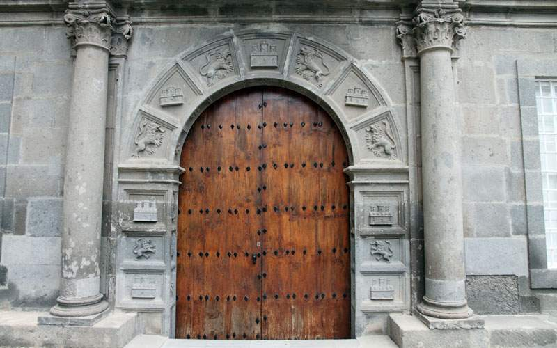 Las Palmas Old Quarter Building