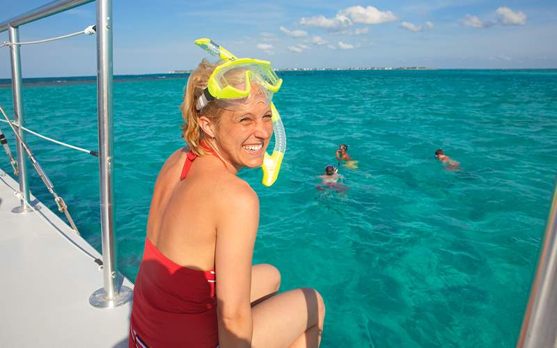 women ready to snorkel Carnival Cruises Bahamas