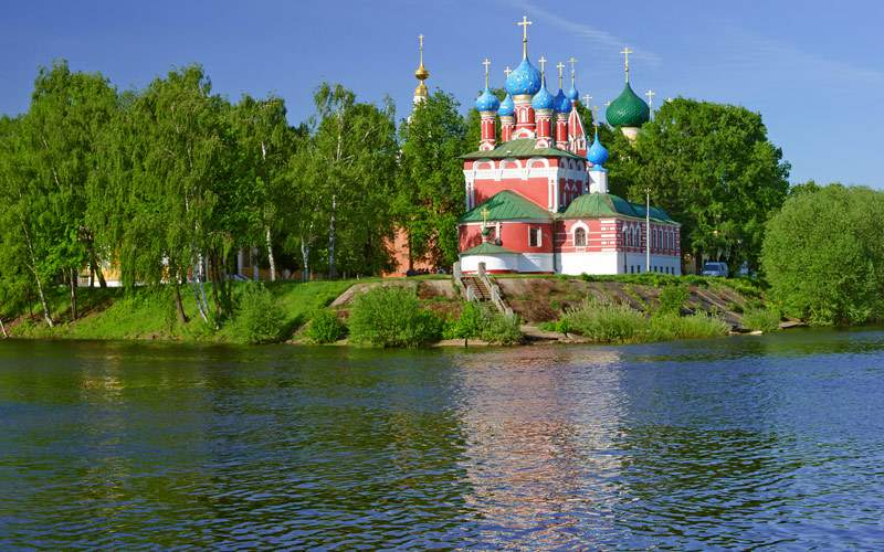 Church of the Dmity in Uglich Volga River