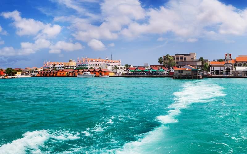 Coast of Oranjestad, Aruba Caribbean Cunard Line