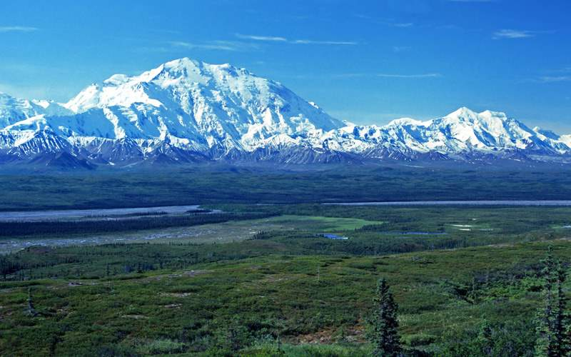 A view of Mt. McKinley