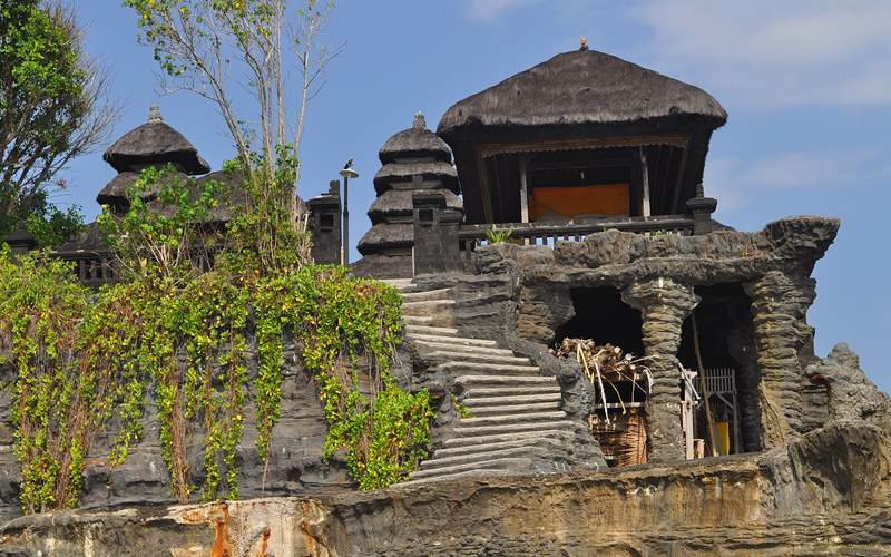 Tanah Lot temple, Bali, Indonesia Holland America