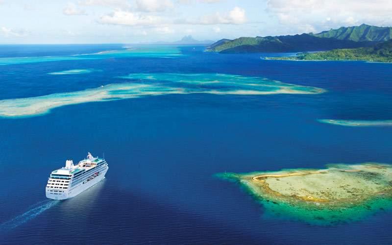 Cruising through Tahiti