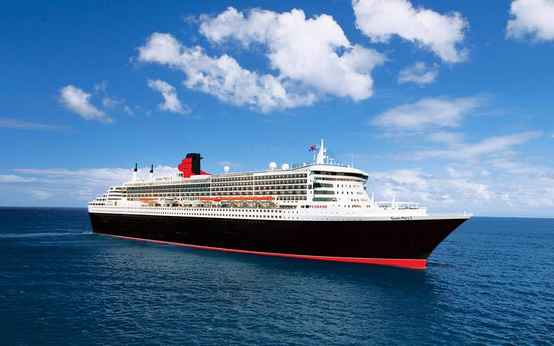 Queen Mary 2 sailing to St. Lucia