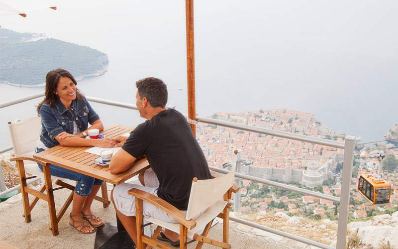 Guests dining on the cliffs of Dubrovnik