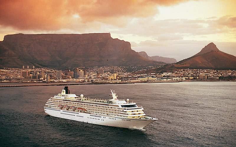 Crystal Symphony cruises along the Cape Town coast