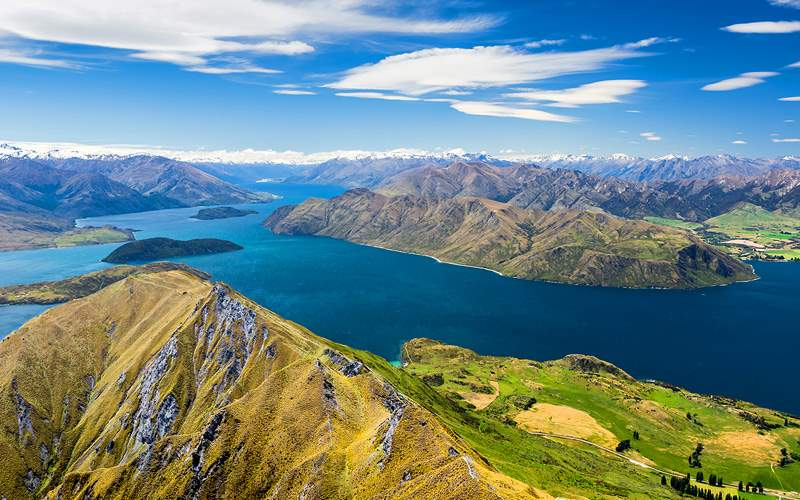 Lake Wanaka and Mt Aspiring New Zealand