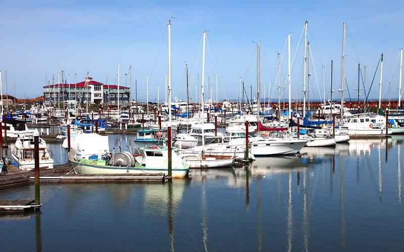 Astoria Oregon boats Pacific Coast Norwegian Cruis