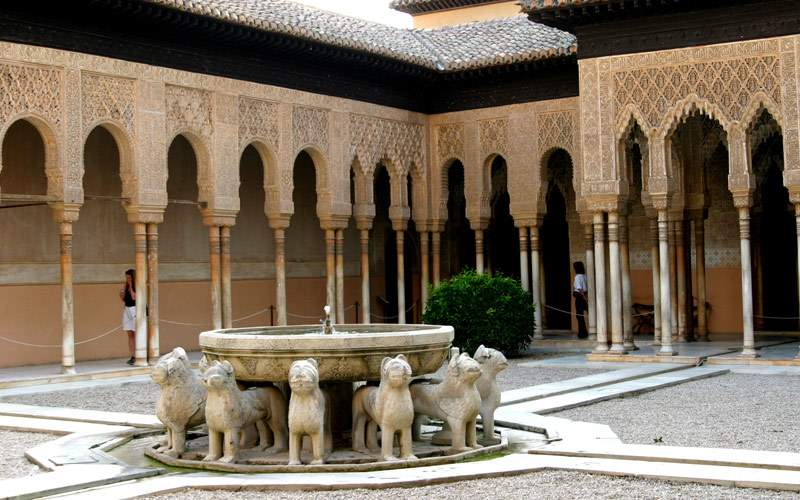 Lions courtyard Granada Regent Seven Seas Europe