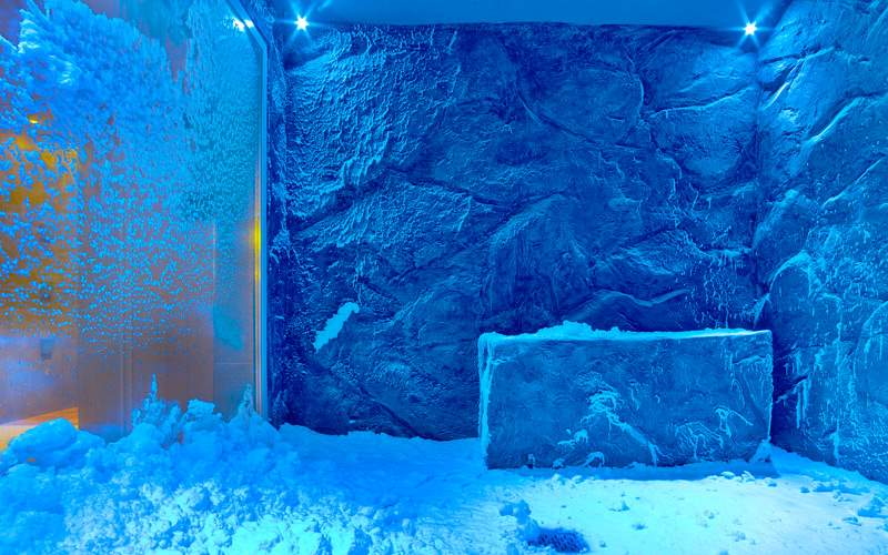 Snow Room On Board