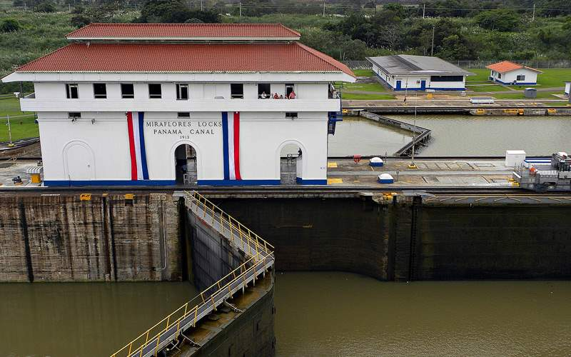 Miraflores Locks of Panama Canal - Windstar