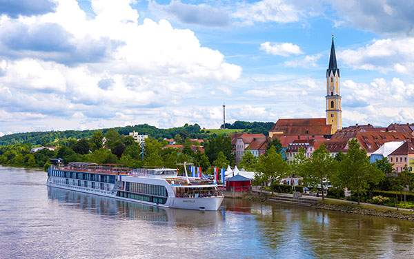 AmaWaterways-Amastella