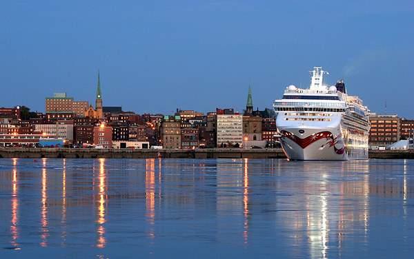 Norwegian Cruise Line-Canada / New England