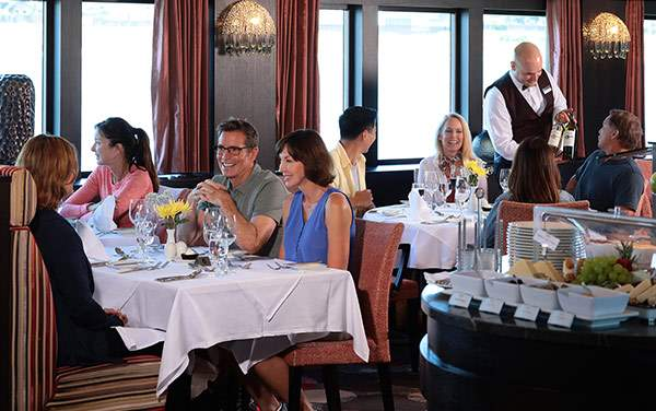 AmaWaterways-Dining