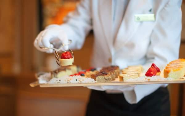 Cunard-Service & Awards
