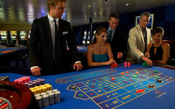 Windstar Cruises-Onboard Activities