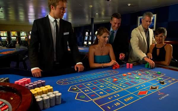 Windstar Cruises-Onboard Activities