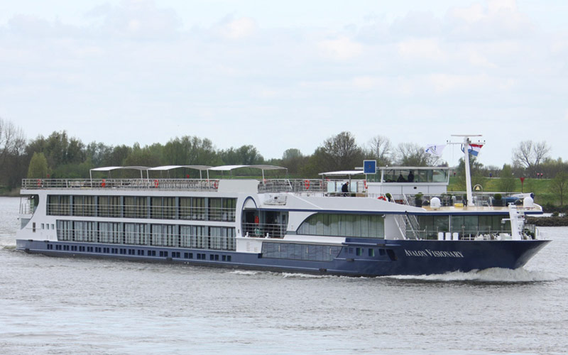 Avalon Waterways Avalon Visionary exterior 03