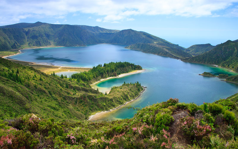 Agoa do Fogo a volcanic lake in Sao Miguel Azores