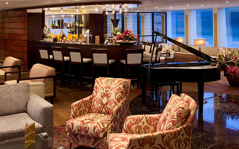 Bar and Main Lounge on the AmaCerto