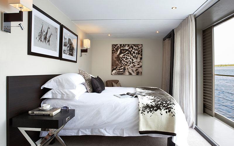 Suite, Zambezi Queen - AmaWaterways