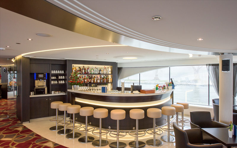 Bar aboard Avalon Imagery II