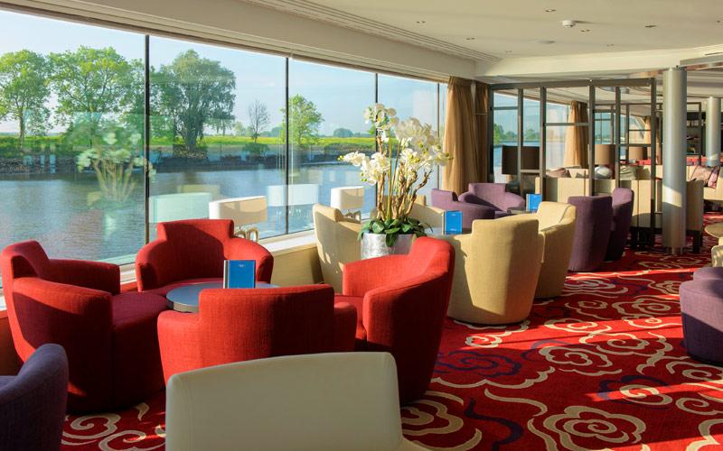 Panorama Lounge aboard Avalon Envision
