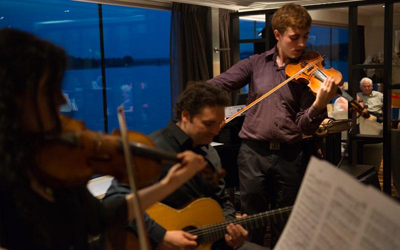 Live music aboard Avalon Envision