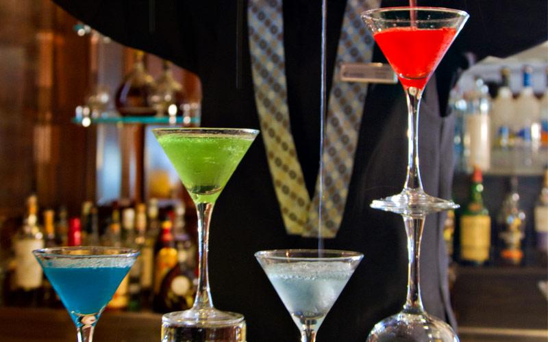 Azamara Club Cruises Azamara Quest martini bar