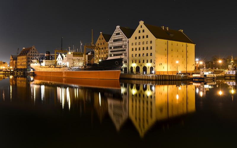 Azamara Club Cruises 2017 and 2018 Cruise Deals  : azamara club cruises cityscape on the vistula river in historic city of gdansk poland from cruiseweb.com size 800 x 500 jpeg 130kB