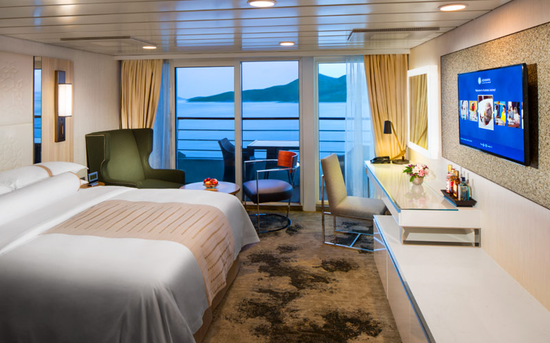 Club Continent Suite aboard Azamara Pursuit