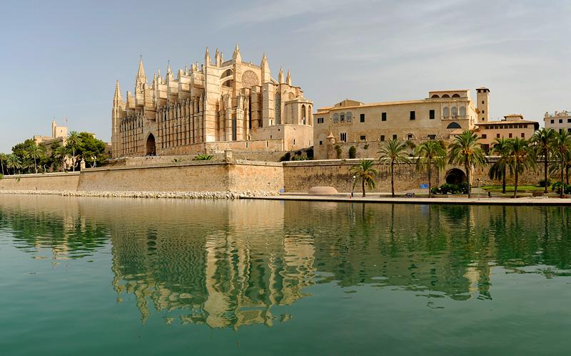 architecture of Palma de Mallorca Carnival Cruises