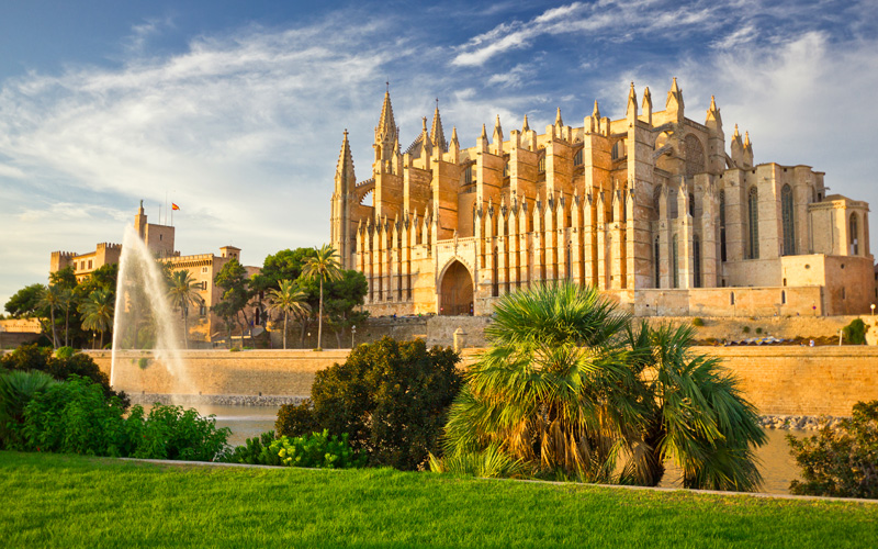 Santa Maria Cathedral in Palma de Mallorca, Spain
