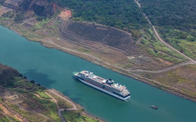Celebrity Cruise Line Celebrity Infinity exterior