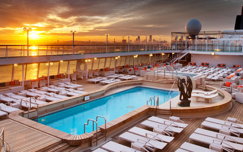 Crystal Cruises Crystal Symphony pool deck