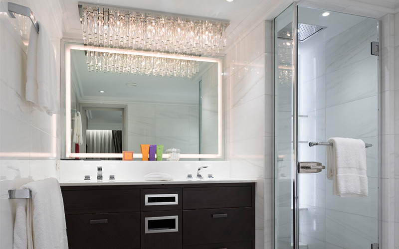 Crystal Esprit Suite Room bathroom