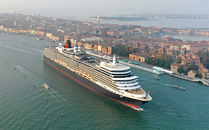 Cunard Line Queen Elizabeth exterior