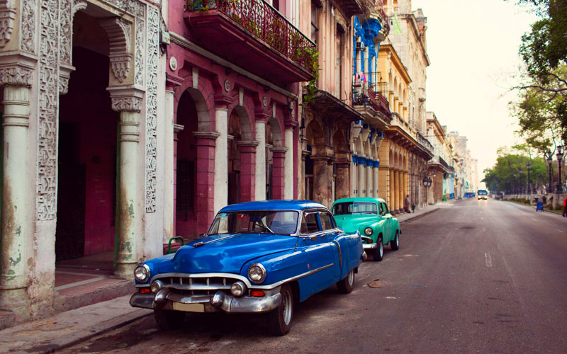 Fathom Old Cars in Cuba