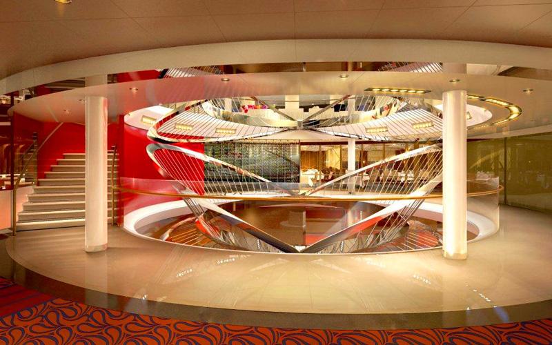 Holland America ms Koningsdam Atrium