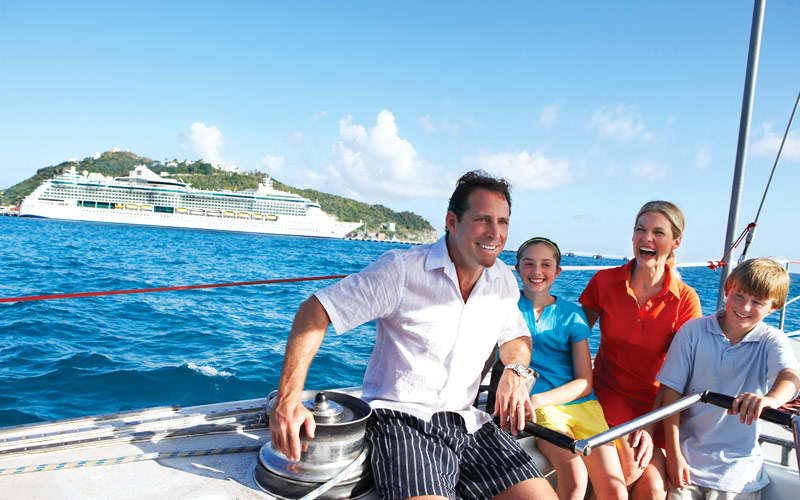 Family sailing in St. Maarten