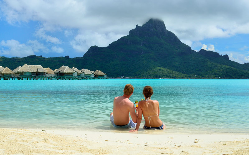 Honeymoon couple enjoying Tahiti