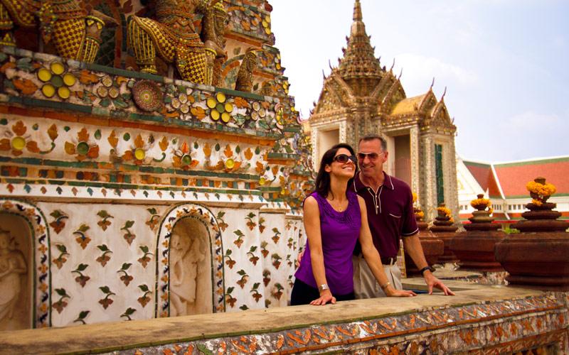 Couple enjoys visiting the Bangkok Temple