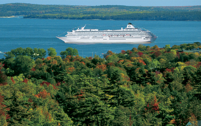 Crystal cruise in Canada and New England