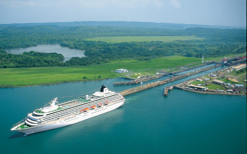 Crystal ship cruises in Panama canal