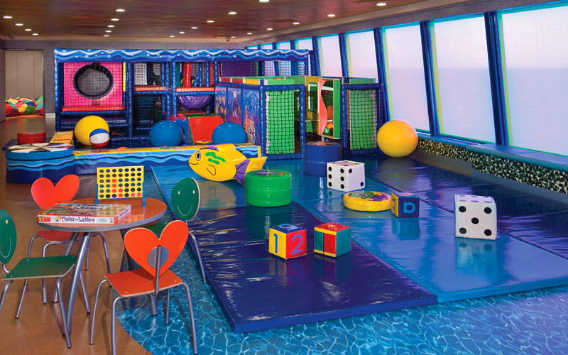 Norwegian Cruise Line Jewel public splashdown kids