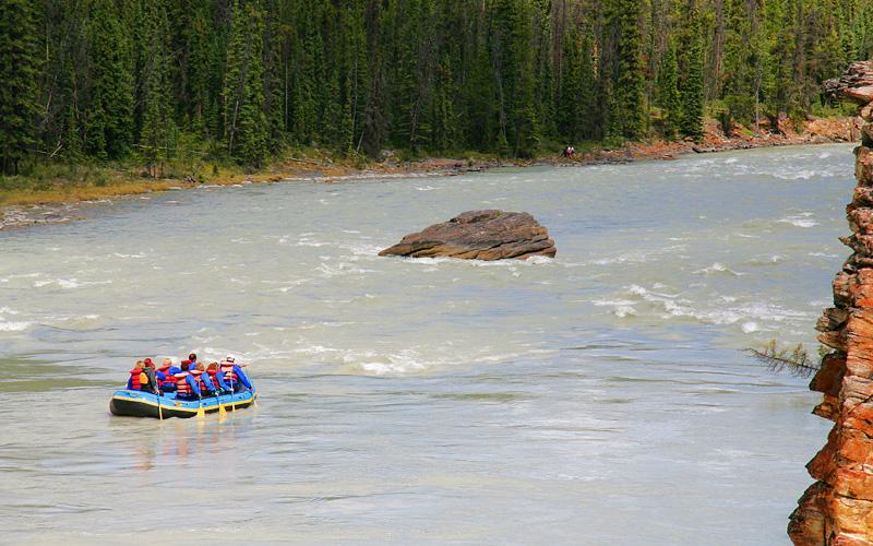 Norwegian Alaska Cruisetour White water rafting