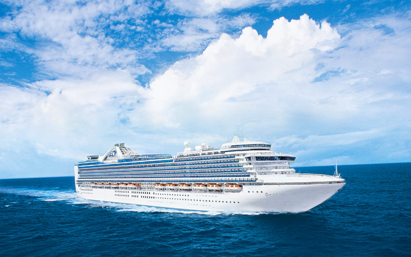 Emerald Princess Cruise Ship 2019 And 2020 Emerald