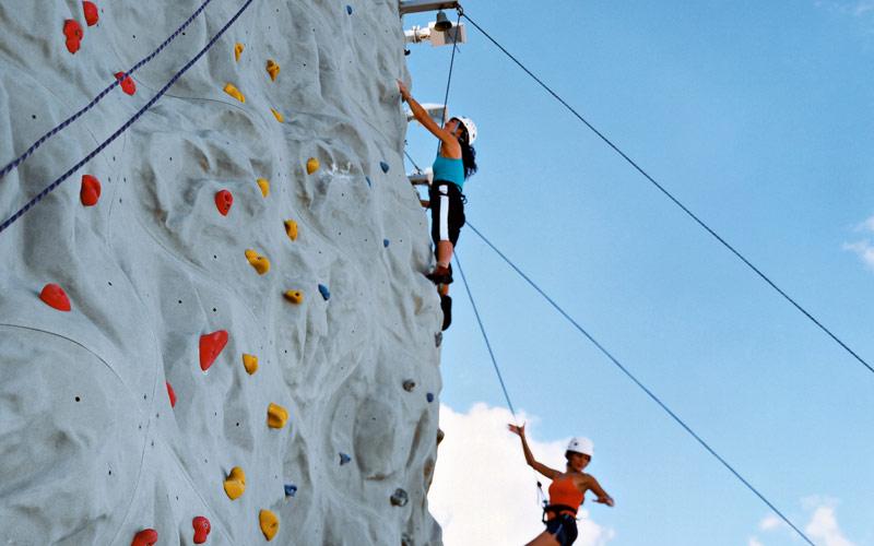 Royal Caribbean Jewel of the Seas Women climbing
