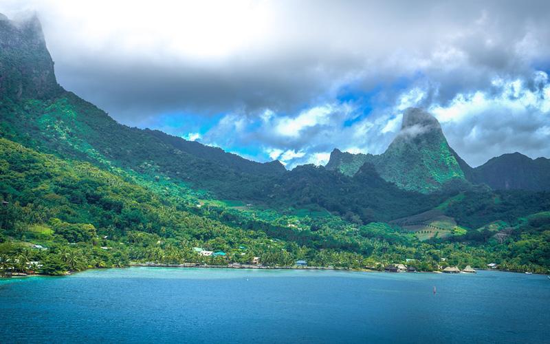 Moorea Landscape - Royal Caribbean
